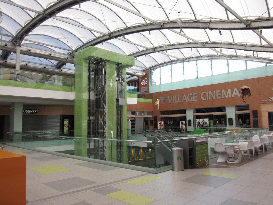 athens_metro_mall_5