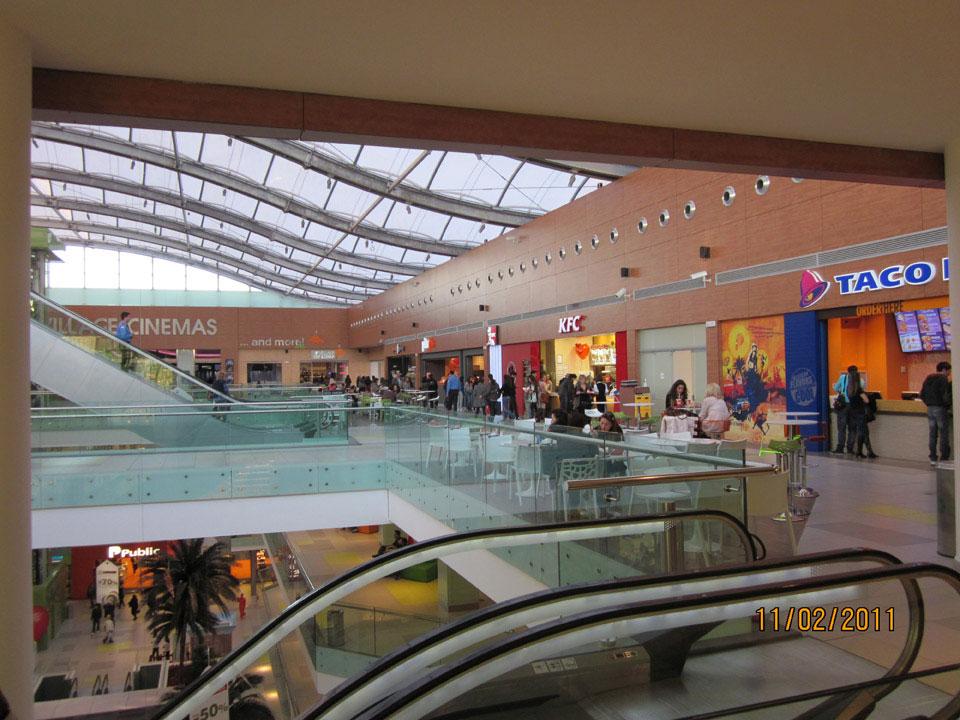 athens_metro_mall_73