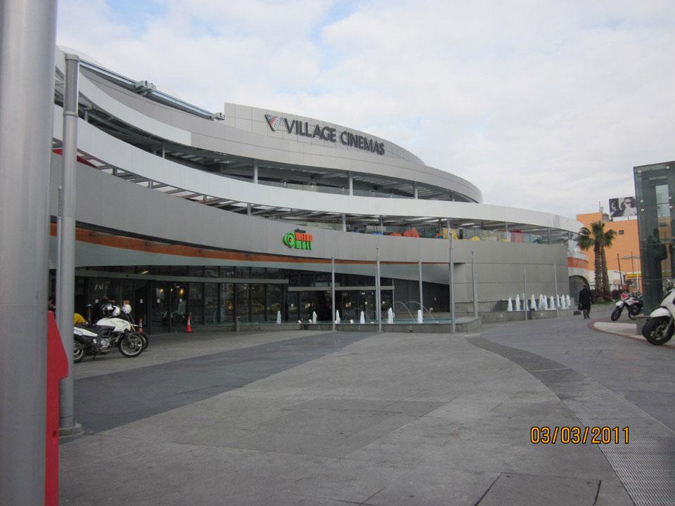 athens_metro_mall_108