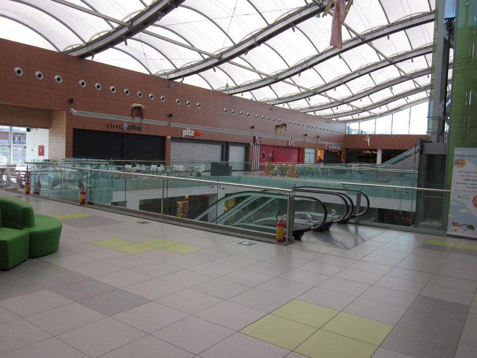 athens_metro_mall_7